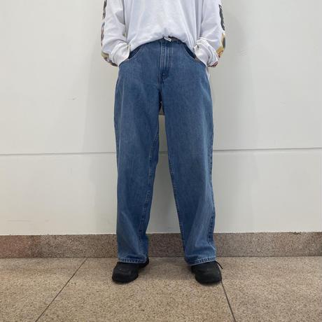 "90s ""Levi's silver Tab"" wide denim pants"