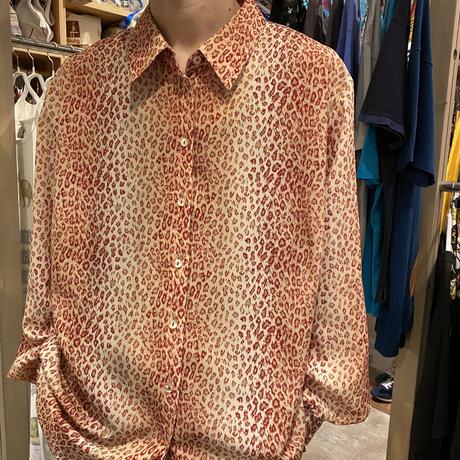 old leopard patterned L/S shirt