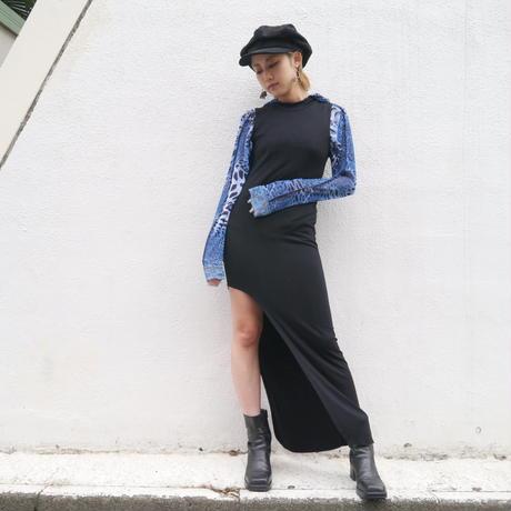 long slit no-sleeve dress