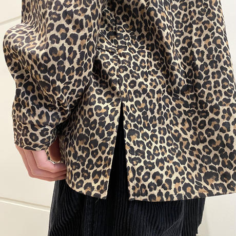 oversized L/S leopard pattern shirt