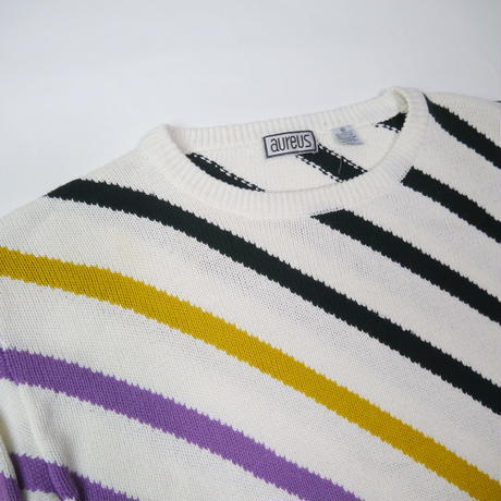 multi collar border knit