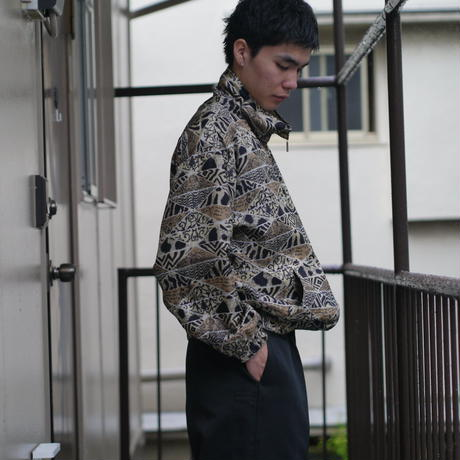 All pattern silk blouson