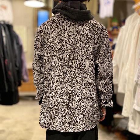 L/S leopard patterned shirt