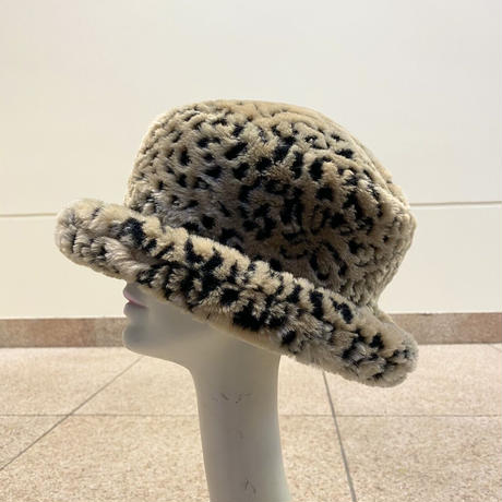 90s fake fur hat