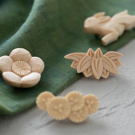 kibori brooch kumo 2types