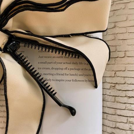 feminine big ribbon clip