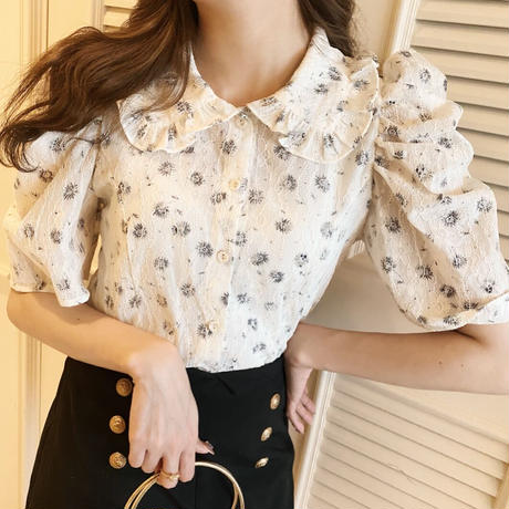 Sweet pea puff blouse