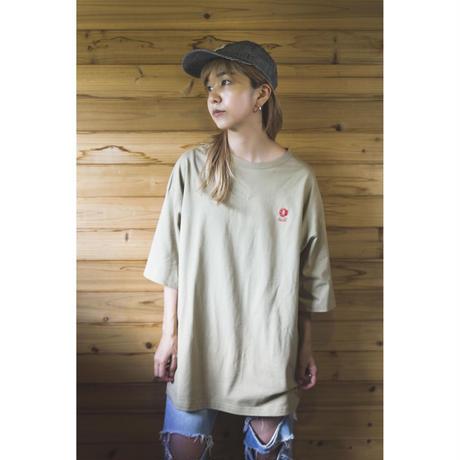 NEW LOGO刺繍 BIG Tシャツ(サンドカーキ)