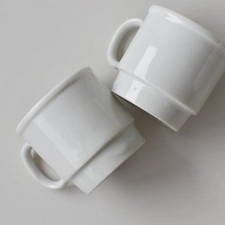 古道具部 白磁のデミカップ(スタッキング)
