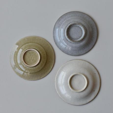 たくまポタリー 4寸皿 反り菊 オリーブ・つやグレー・つや白