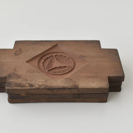 古道具部 菓子木型C 染みあり