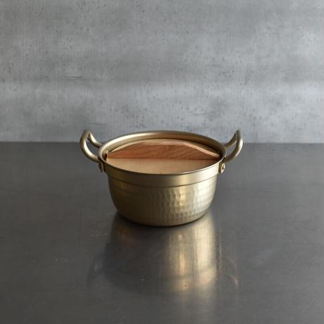 小ぶりが嬉しい 段付鍋(木蓋つき) 小
