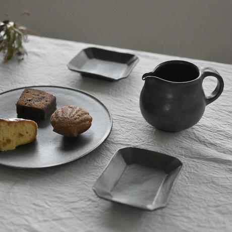 たくまポタリー 長方小皿 こげ茶