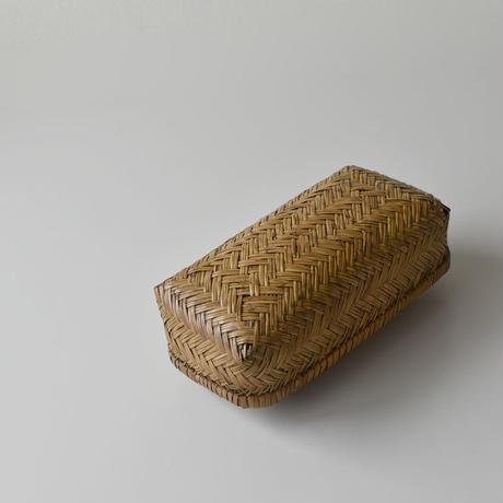 古道具部 蓋付き竹籠