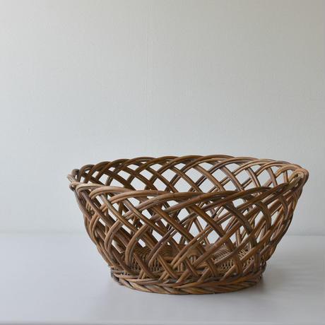 古道具部    籐編み脱衣籠