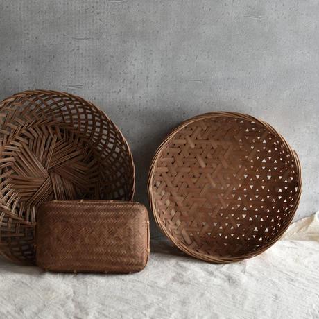 古道具部 小さな蓋付き竹籠