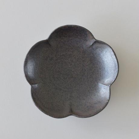 たくまポタリー 小皿 梅 ストーングレー・こげ茶