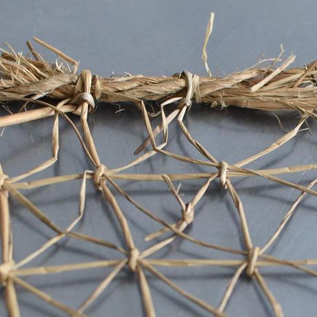 古道具部 蚕網のタペストリー