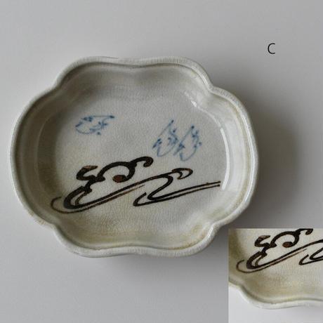 古道具部 鉄絵木瓜皿