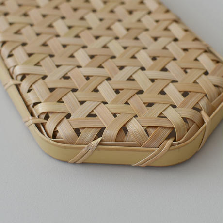 竹編みの長六角トレー
