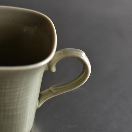古道具部  モスグリーンのカップ