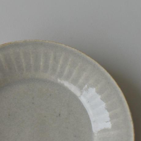 たくまポタリー 4寸皿 反り菊 やわグレー