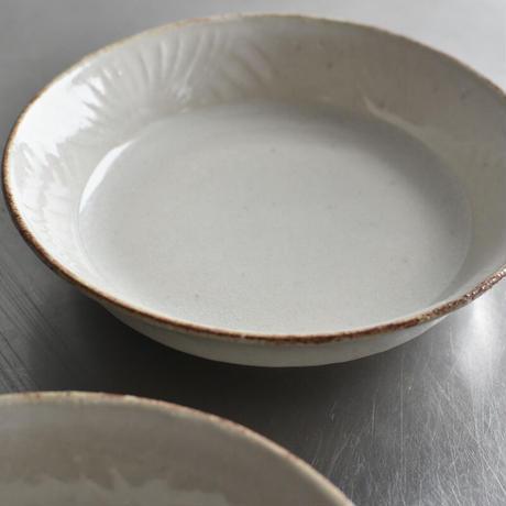 たくまポタリー 綿毛 5.5寸浅鉢 つや白