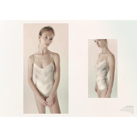 [Just A Corpse・予約商品] SWAN – classic white leotard