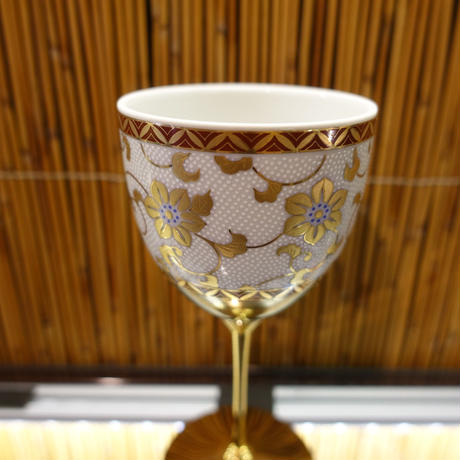 ワインカップ(白粒鉄仙)