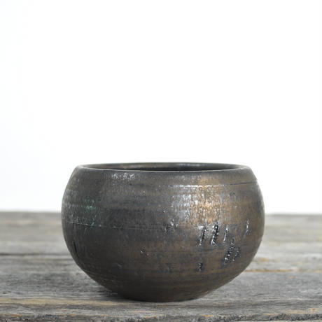 Tomoharu Nakagawa 中川智治 植木鉢 No.02011901