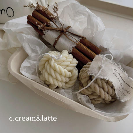 cinnamon & knit candle