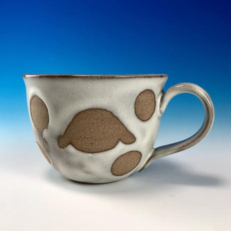 【M227】広口のうさぎ水玉模様のマグカップ(白マット赤土・ロップ・うさぎ印)