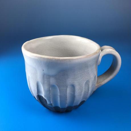 【M012】こっそりうさぎを主張するバイカラーマグカップ(うさぎ印)