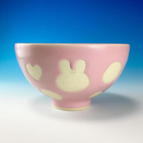 【G072】うさぎ水玉模様のご飯茶碗(マカロンピンク・ロップ&ハート・うさぎ印)