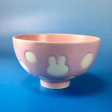 【G002】うさぎ水玉模様のご飯茶碗(ピンク・うさぎ印)