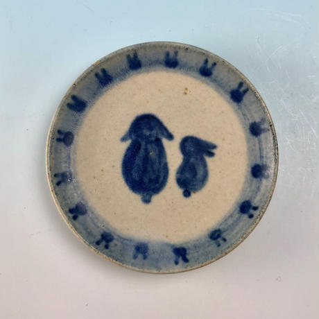 【S062】豆皿(呉須手描き・うさぎ印)