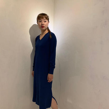 Vニットワンピース/deep blue