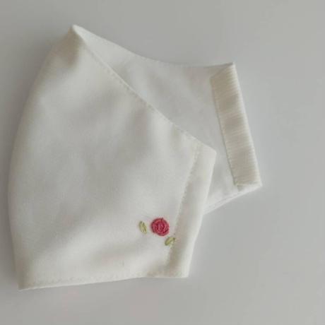 ハッピーマスク(薔薇の刺繍入り)