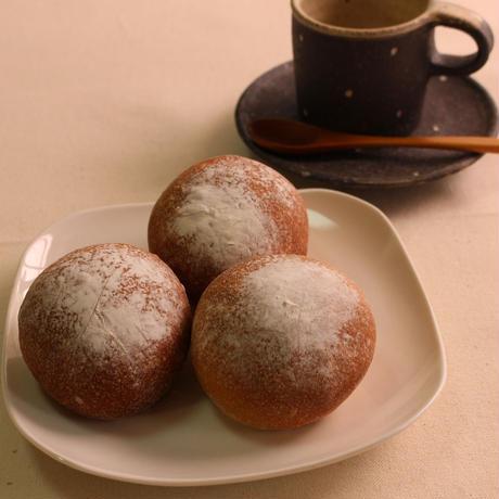 黒糖パン(3個入り)
