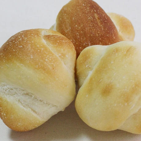 まるごと豆乳ロールパン