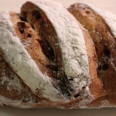 いちじくとくるみのパン