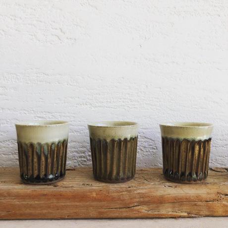 土部 × 藁灰釉 鎬デミタスカップ