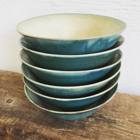 淡路島ブルー × 藁灰釉 どんぶり鉢