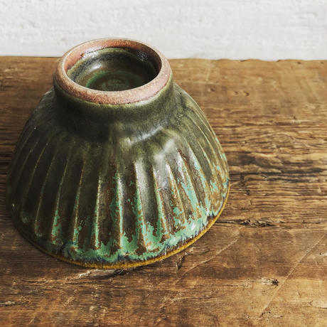 飴 × 緑釉 鎬飯碗(小)