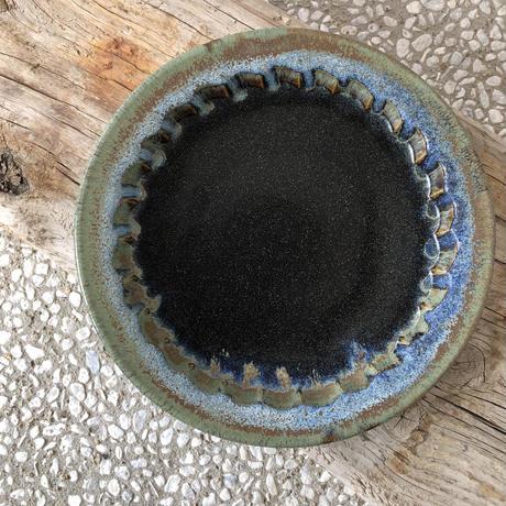 飴 × 緑釉 鎬手浅鉢