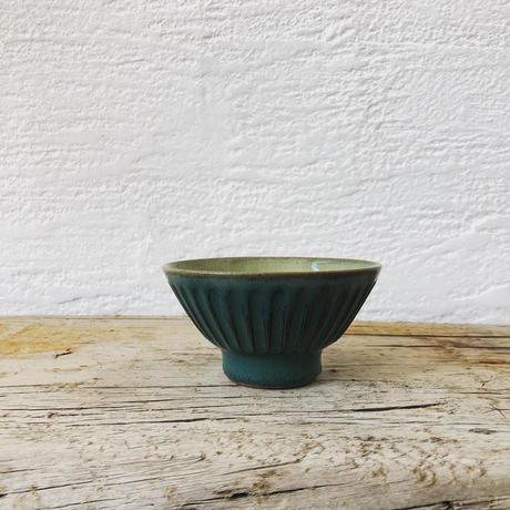 淡路島ブルー × 藁灰釉 鎬飯碗(小)