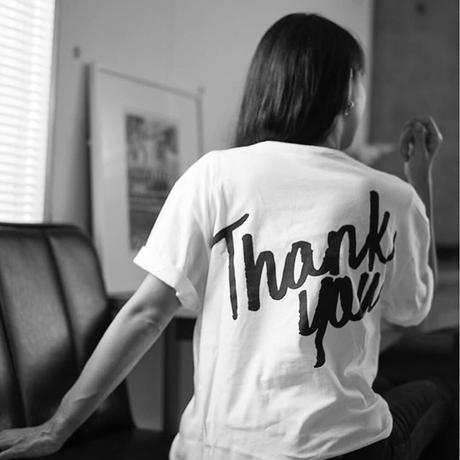 "JUST21  LOGO ""Thank you"" TシャツWHITE MODEL"