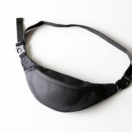 UNIVERSAL PRODUCTS / WAIST BAG