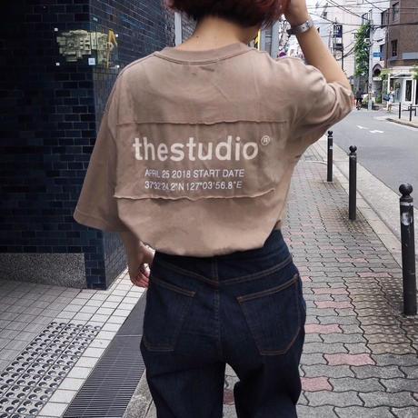 🚻the studio tee (BEG)