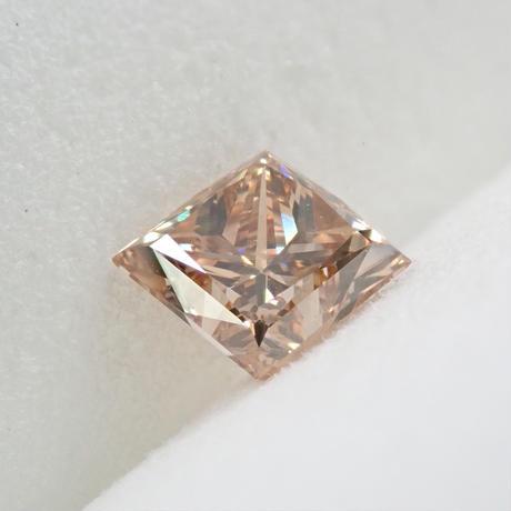 【8/3更新】ファンシーブラウンダイヤモンド 0.739ctルース(FANCY LIGHT BROWN, SI1, プリンセスカット)